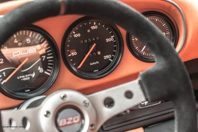 Porsche 911 cockpit detail